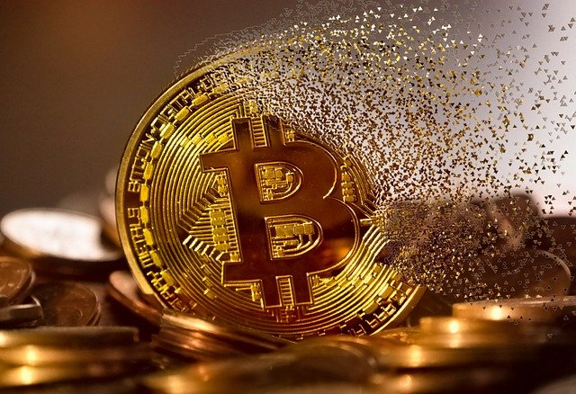 The algorithm for mining bitcoin in Python