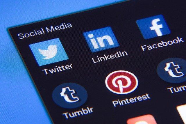 Réseau social de partage de photos et de vidéos parfois éphémères